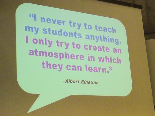 Enseñar vs. Facilitar Aprendizajes
