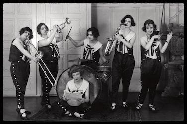 Mujeres y Música: una Retrospectiva Feminista